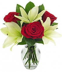 Red Roses N White Lilies In Vase