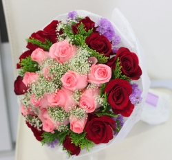 100  Pink N Red Roses Bouquet