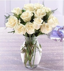 20 White Roses In A Vase