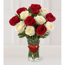 30 Red N White Roses In Vase