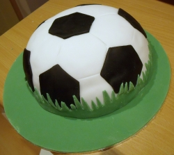 Football Shape Cake - 2 Kg
