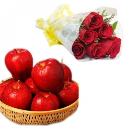 Flowers N Fruit Combo Gift