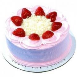 Five Star Strawberry Cake- 1 Kg