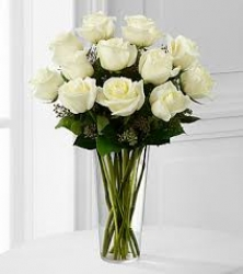 12 White Roses Vase Arrangement