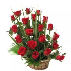 12 Red Rose Basket