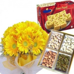 Extra Ordinary Gift Hamper