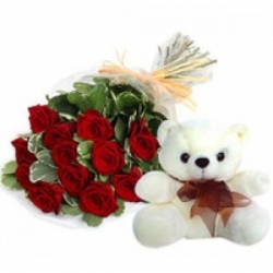 Teddy Bear 6 Inch N Bunch   Of  12  Fresh Red Roses
