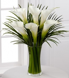 Simple Yet Sophisticated Flower Arrangement