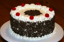 Black  Forest Cake - 2 Lbs - 1 Kg