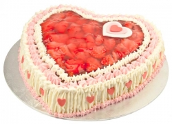 Heart Shape Strawberry Cake- 1 Kg